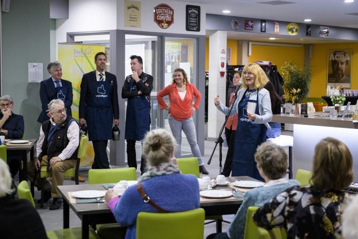 Vrijwilligers in Papendrecht verwend met een heerlijk ontbijtje